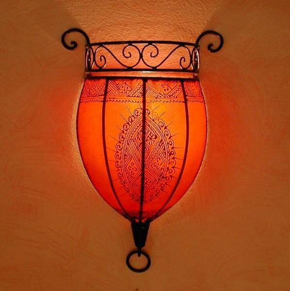Henna-Leder-Wandlampe Nakous Rot